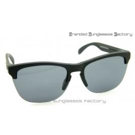 Oakley Frogskins Lite Prizm Polarized Sunglasses Matte Black Frame Prizm Coal Lens 63MM