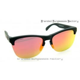 Oakley Frogskins Lite Prizm Polarized Sunglasses Matte Black Frame Prizm Ruby Lens 63MM